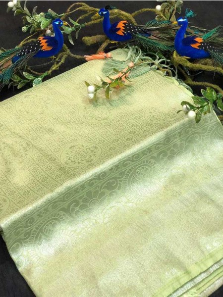 Stunning Look Green Colour Pure Banarasi Silk with pure golden Jari yarn saree