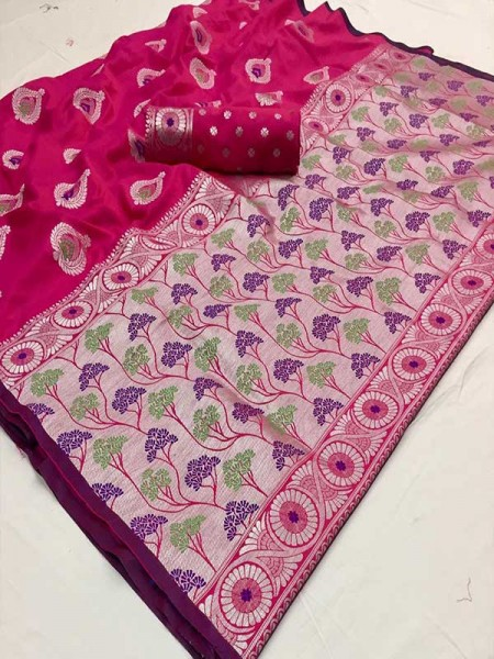Latest Traditional Look Pink Color Soft Silk Weaving Saree