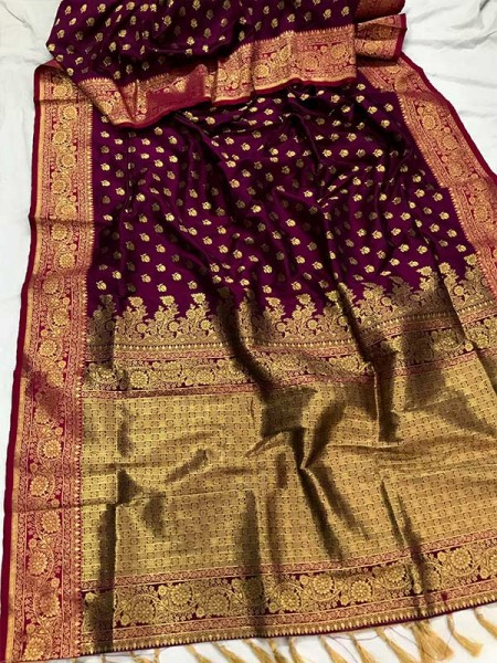 Gorgeous Look Banarasi Silk weaving Saree