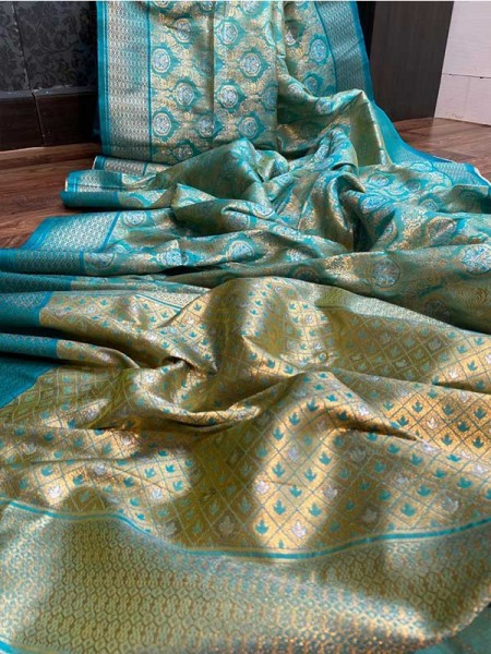 Pretty Look Green Color Banarasi silk weaving meenakari saree with rich pallu