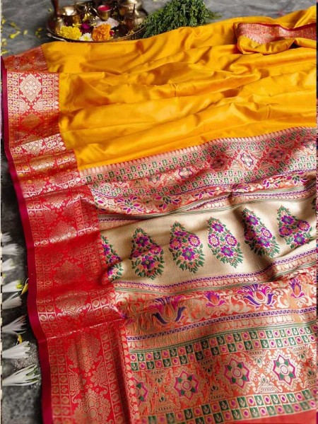 Finnest Look Yellow Color Pure Banarasi Silk with lovely texture
