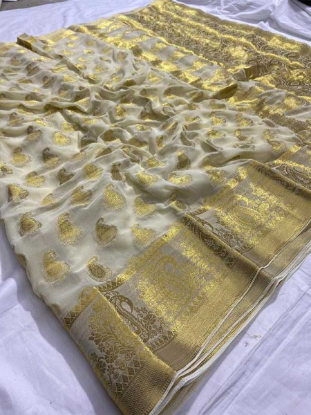 Beautiful Look White Color  Pure Viscous Saree