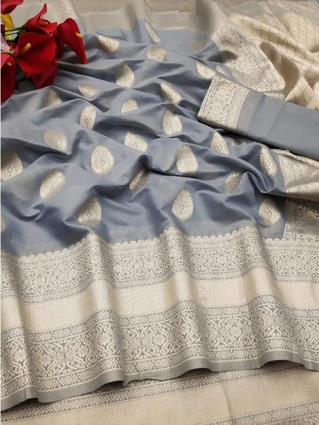 New Trending Grey Colour Soft Cotton Silk Saree  with all over Jacquard weaving Butta