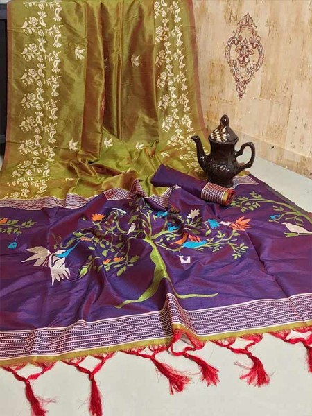 New Eye Catcher Green Color Soft Raw Silk Two Tone Weaving Saree