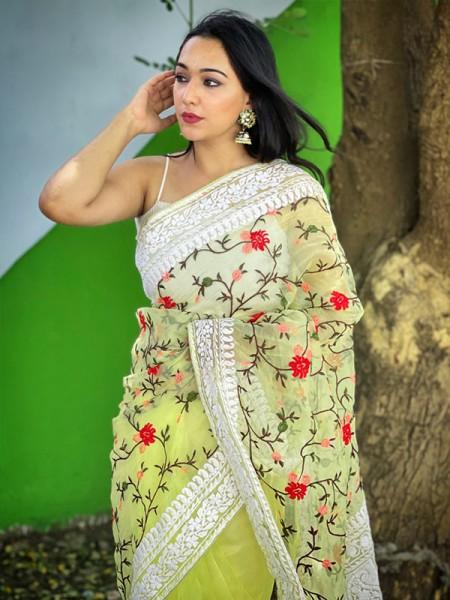 Bollywood Organza Silk Saree with beautiful pallu & border of chikankari work