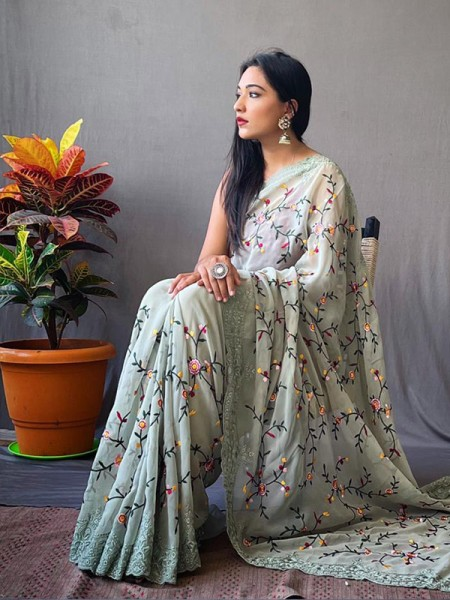 Floral Style Pure Georgette Silk Saree with beautiful flowers jal and cutwork