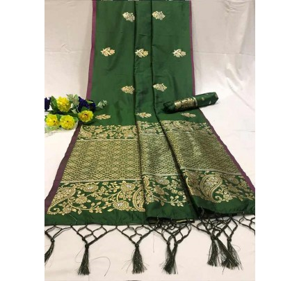 Attractive Look Green Colour Soft Banarasi Silk Saree with Silver and Gold Zari weaving Pallu