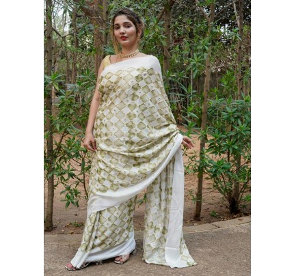Superb Trending Pure Chinon Silk Digital printed Saree with positioning work