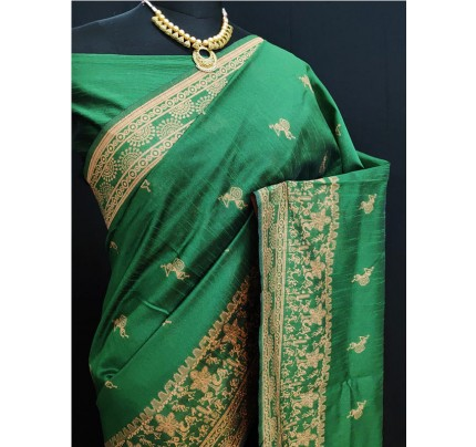 Stylish Look Green Colour Row Silk Weaving Saree With Rich Pallu