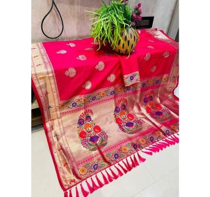 Stunning Look Soft Lichi Silk weaving Saree with beautiful Pallu