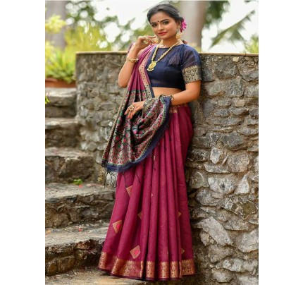 Elegance Look Purple Colour Handloom Cotton Weaving Woven Patola Pallu Saree