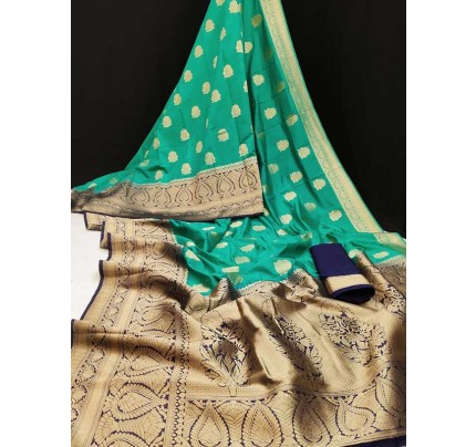 Stunning Look Green Colour Banasari Katan Pattu Silk Saree With Rich Zari Woven Pallu