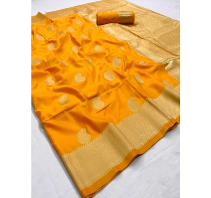 Latest Traditional Look Yellow Color Soft Silk Weaving Saree
