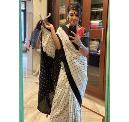 Finnest Selfie Look Soft Linen Printed Saree with Blouse