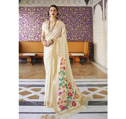 Elegance Look White Colour Handloom Silk Weaving Saree