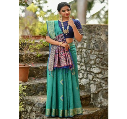 Elegance Look Cyan Colour Handloom Cotton Weaving Woven Patola Pallu Saree