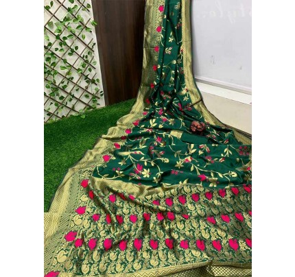 Stunning Look Green Colour Pure Banarasi Soft Silk Saree With RICH Zari Pallu