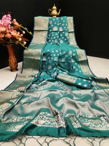 New Eye Catcher Green Color Mysore Silk Saree With Silver And Gold Zari Weaves