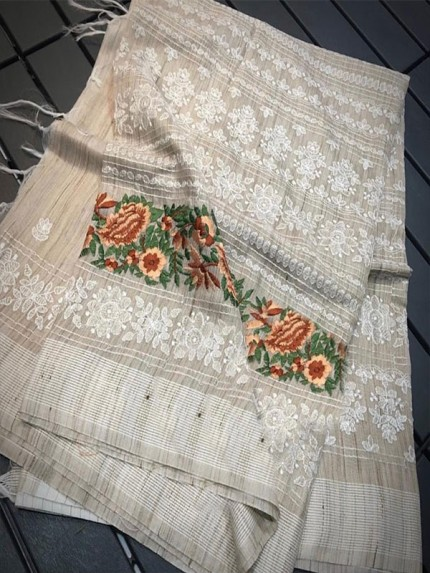 Light Weight Saree With Parse Embroidered All Over