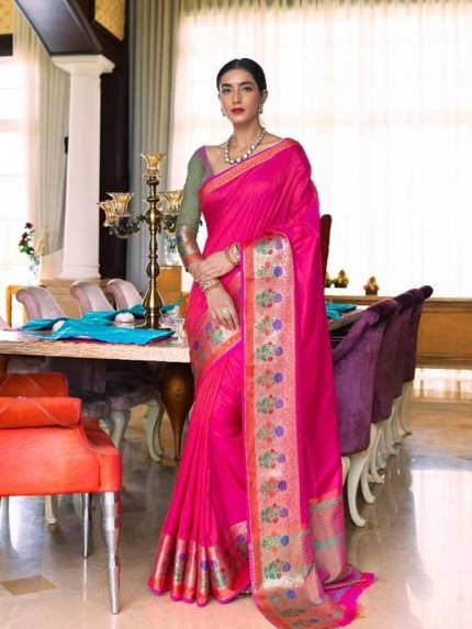 Pretty Look Pink Color Handloom Weaving Silk Saree