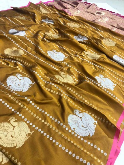 Attractive Look Golden Colour Kanchipuram With Golden And Sliver Pure Zari Saree