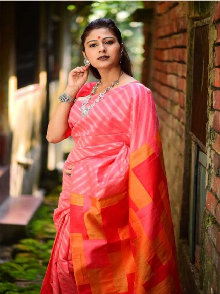 Floral Look Pink Color Linen silk weaving saree with all over silver zari woven