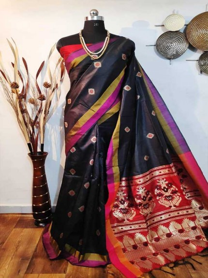 Beautiful Black Handloom Raw Silk Weaving Saree