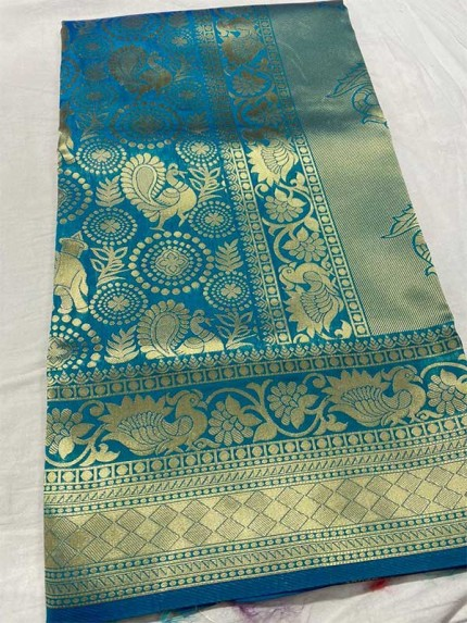 Graceful combination Rama Color Lichi Silk Saree